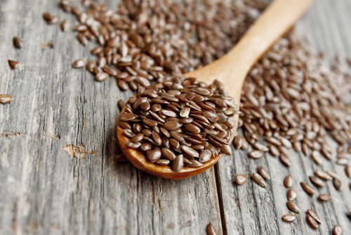 High in anti-inflammatory and heart-healthy omega 3 fatty acids, flax seeds are another perfect smoothie add-in